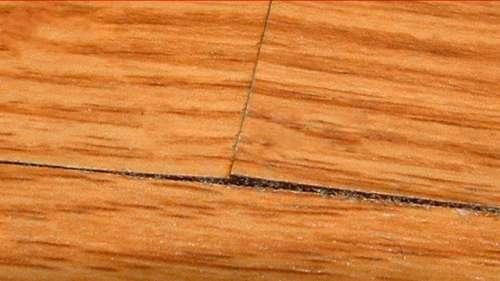 gỗ nứt nẻ